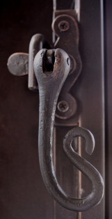 Scroll Latch